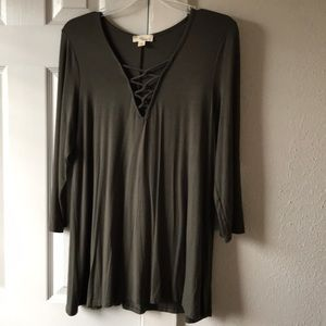 Tops - Olive top